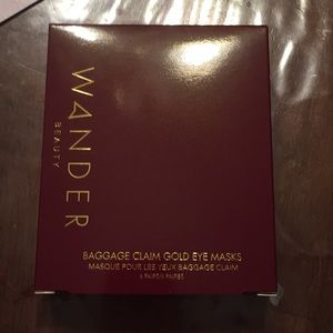 Wander Beauty baggage claim gold eye masks (6)